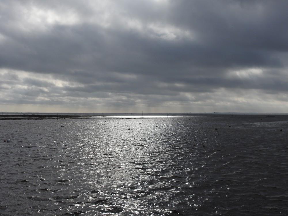 Juste avant la pluie, sur le Bassin d'Arcachon...