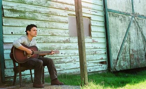 """Encore un bon folkeux! Joshua Hyslop - Where the mountain meets the valley"""" (2012)"""