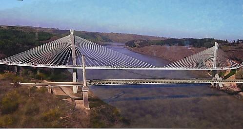 Pont-de-Terenez-27-4-11-.JPG