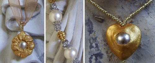 Colliers avec perles de cultures