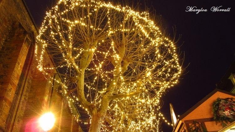 Au temps des marchés de Noël : Place des Dominicains