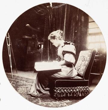 Photographies- Femmes lisant