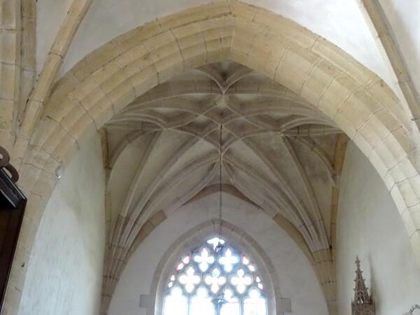 Visite du prieuré de Jully les Nonnains avec les Amis du Châtillonnais et Châtillon Scènes