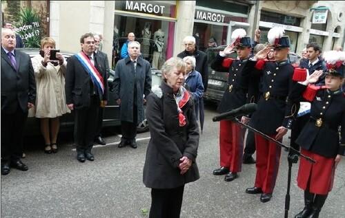 *  Le 8 mai à Dole - Un bel hommage au général Saint-Hillier