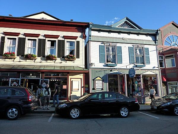 Bar Harbor boutiques