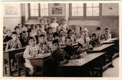 04 - Sur les bancs de l'école