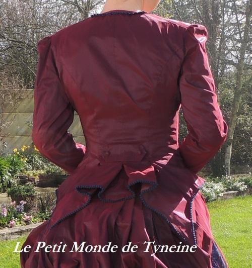 Robe à tournure - Scène 2 - acte 4 - Le corsage