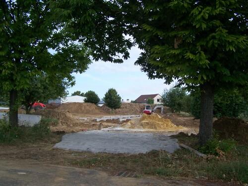 Début du chantier, côté parc vue du portail gymnase