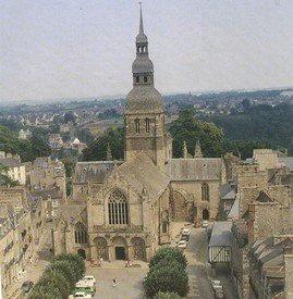 Basilique-St-Sauveur-Dinan_00.JPG