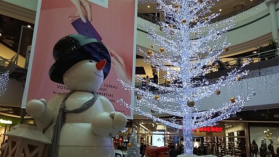 les décorations du centre commercial Créteil Soleil