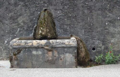 Fontaine à Cressin