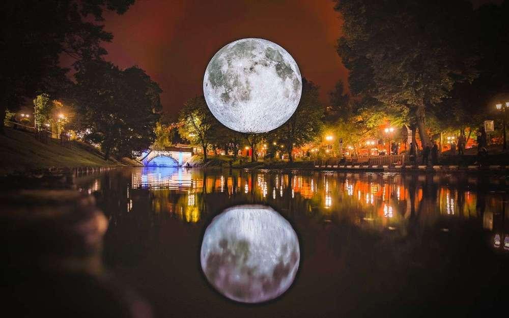La lune de Luke Jerram