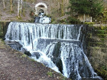 Sources et cascades d'Arcier