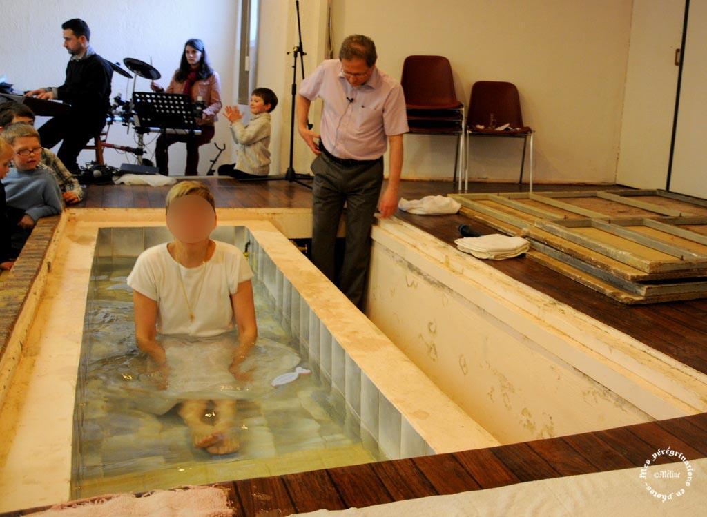 Ma fille Isabelle a pris le  baptême d'eau le 07 avril 2013