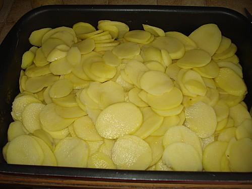 Gigot d'agneau aux pommes boulangères