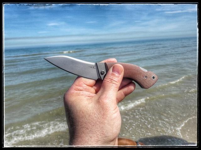 Soleil, la mer et un beau couteau... What else ?
