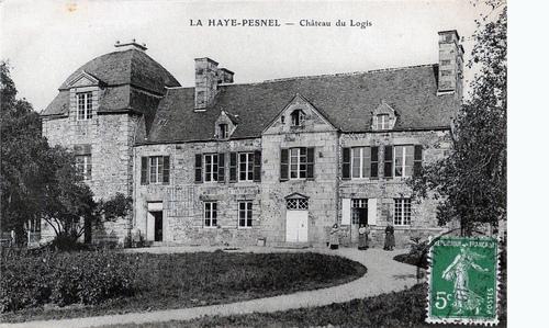 LES REMPARTS DE LA HAYE-PESNEL (Manche)