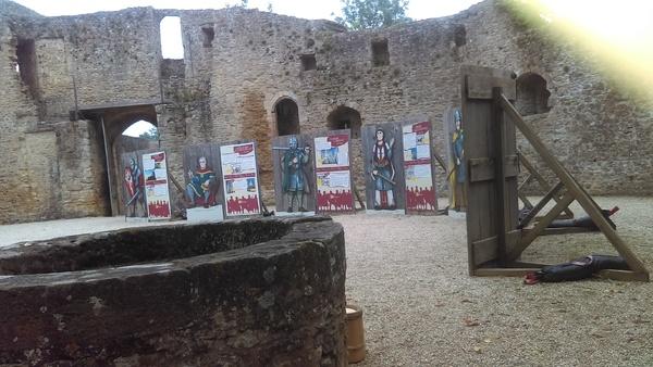 Le château féodal de Crèvecoeur en Auge