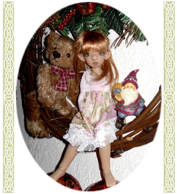 Cinammon light tan elf