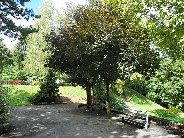 Belley ( jardin anglais )