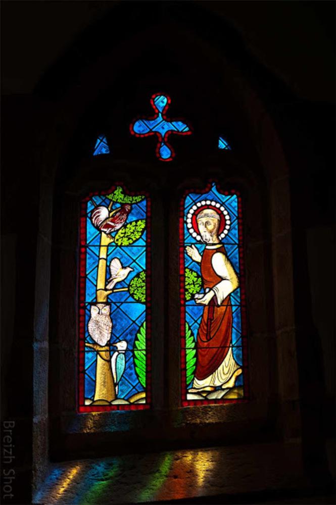 Chapelle Saint-Maudé, Guiscriff, le vitrail Saint-François d'Assise