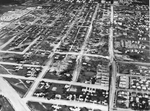 HOLLYWOOD .... BASE MILITAIRE.... pendant la seconde guerre mondiale