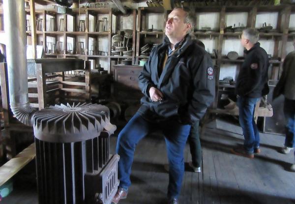 Le Moulin de la Fleuristerie en Haute Marne, créateur  de fleurs artificielles pour la haute Couture nous a ouvert ses portes...