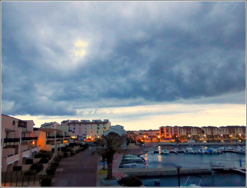 Ciel d'orage sur Port-Barcarès
