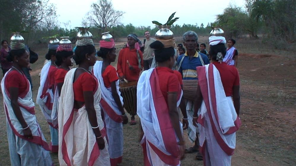 Santal dance(s)