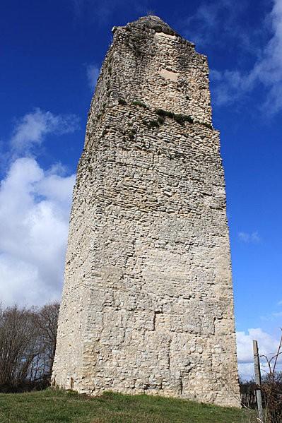 st romain de benet 19 tour de Pirelonge
