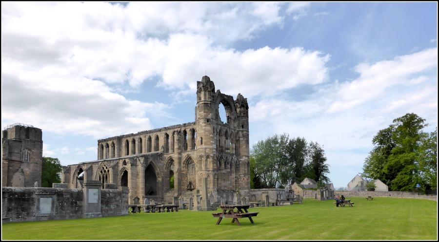 Voyage en Ecosse N°10 : Elgin, la Cathédrale et le jardin