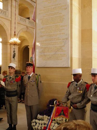 """* Cérémonie aux invalides - """"A l'occasion du 100e anniversaire de l'engagement de Marie-Pierre Koenig au 36e R.I"""""""
