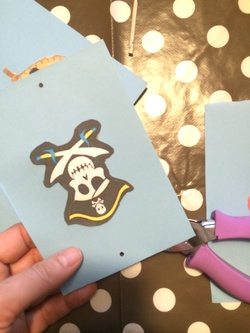 Bateau de pirate (récup boite oeuf en carton)
