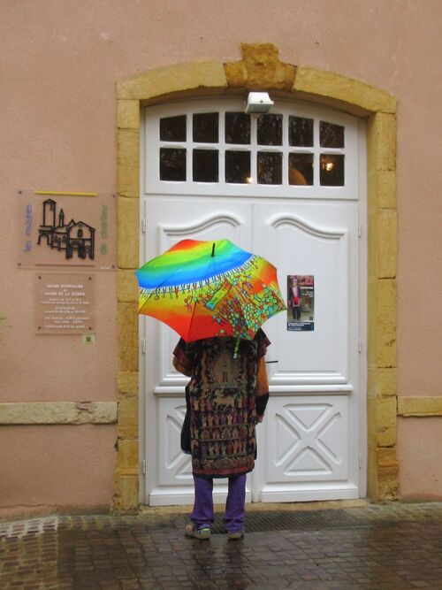 Nos parapluies au musée...
