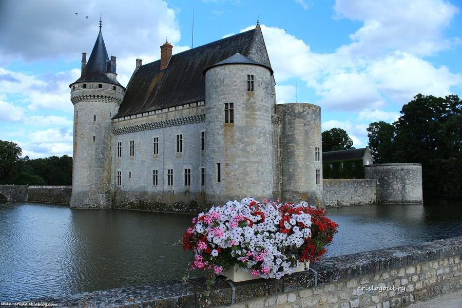 Sully sur Loire son chateau