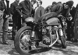 La Moto Rouge : un re-re-retour !