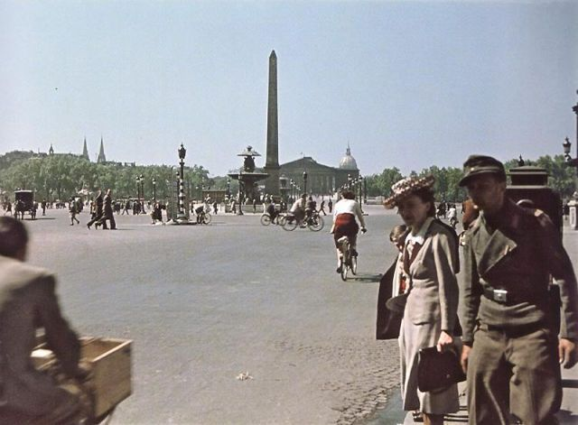Andre Zucca: Nazi Propaganda Photos - Paris during WW241