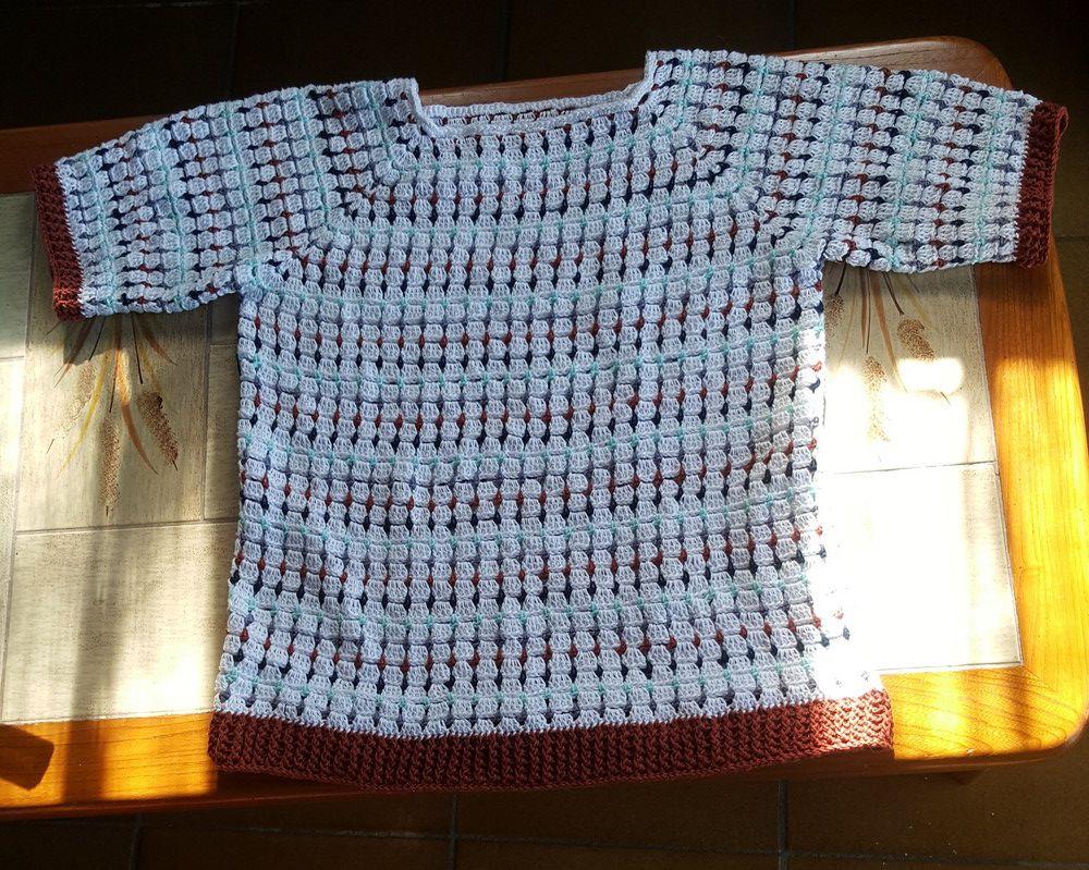 """Une blouse """"damiers"""" au crochet..."""