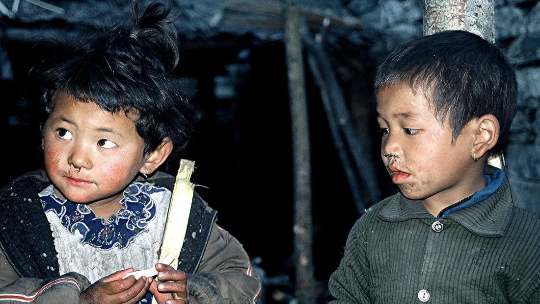 3-   Enfants du Népal