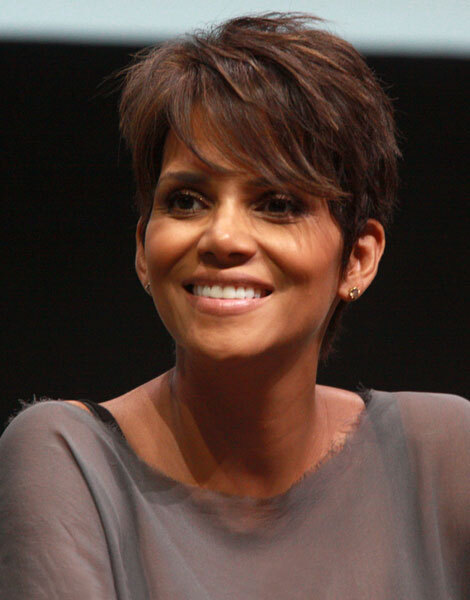 Halle Berry, cheveux courts