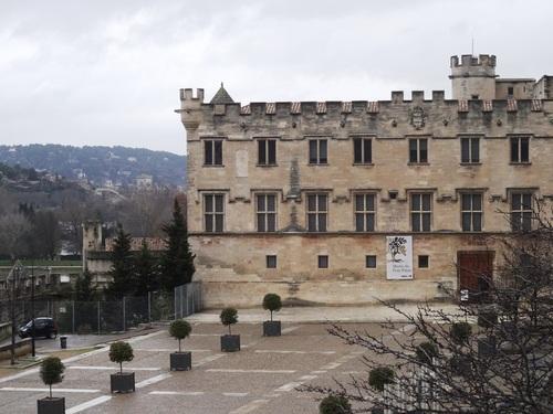 Le long des murailles en Arles (photos)