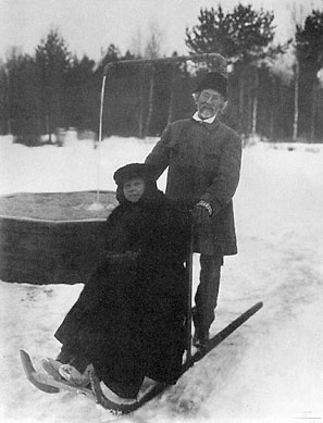 Russian painter Ilya Repin and his daughter Vera in winter 1914-15.