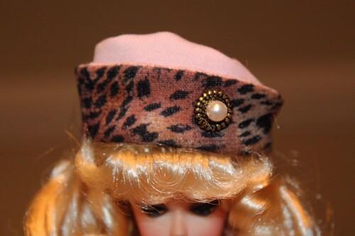 CHAPEAUX (HATS)