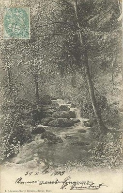 MENIL-JEAN (rive gauche)