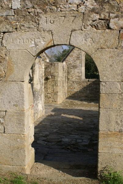 chapelle-de-Lanjulitte-a-Telgruc.-1.jpg