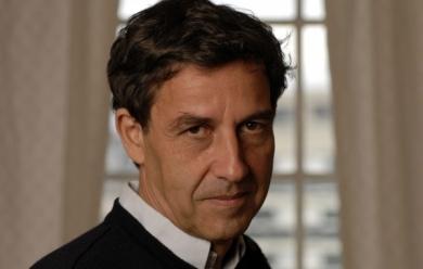 Emmanuel Todd donne son point de vue sur la campagne présidentielle française.