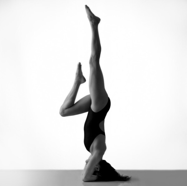 10-elenabrower-headstand-yoga.jpg