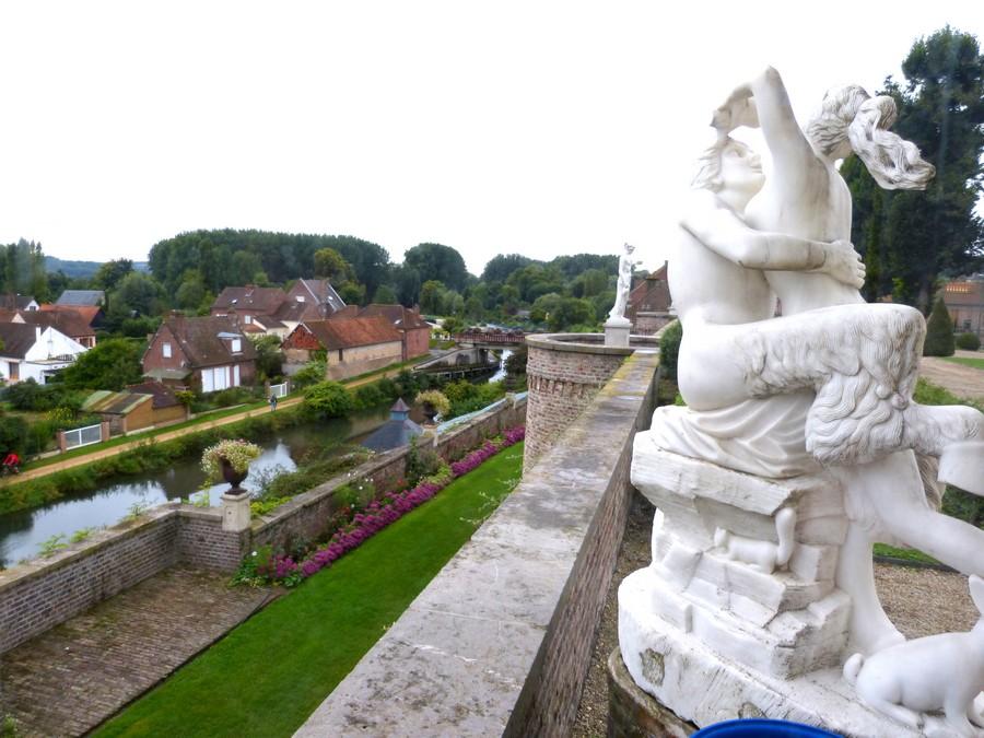 Vie de château à LONG dans la Somme