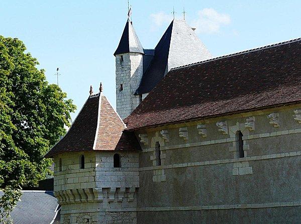 1 - Chateau du Rivau -Communs fortifies - 21-07-08