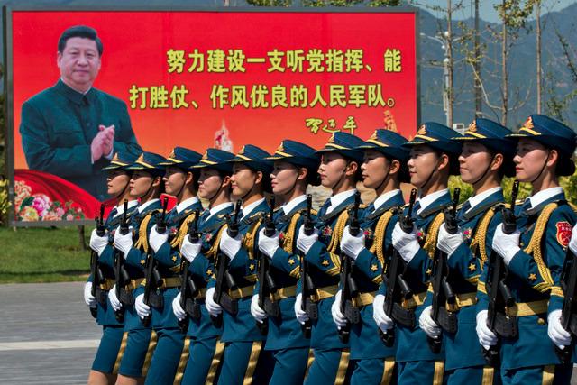 Le budget militaire 2016 en hausse de 7 à 8% en Chine